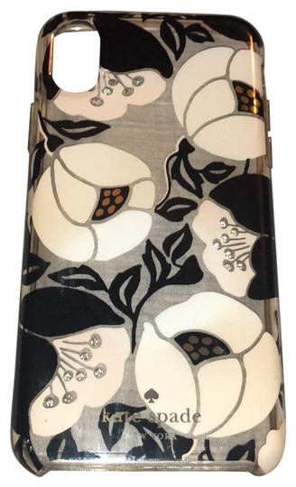 Preload https://img-static.tradesy.com/item/24132334/kate-spade-black-and-white-iphone-case-tech-accessory-0-1-540-540.jpg