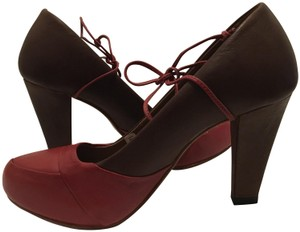 J SHOES Leather Ties red, brown Pumps