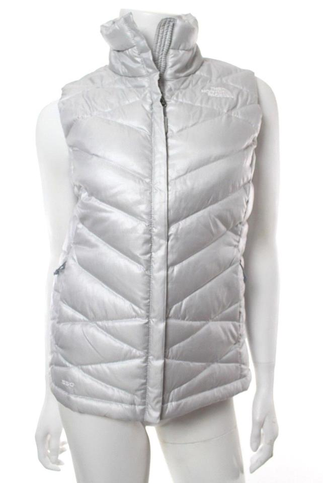 aa067966d The North Face Silver Aconcagua Down 550 Puffer Vest Size 0 (XS) 57% off  retail
