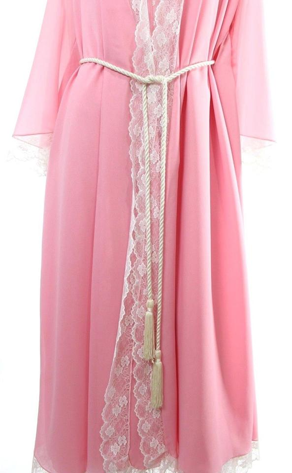 Pink Vintage 60s Lace Bows Nightgown   Robe Set Long Casual Maxi Dress Size  4 (S) - Tradesy ff33a10b6