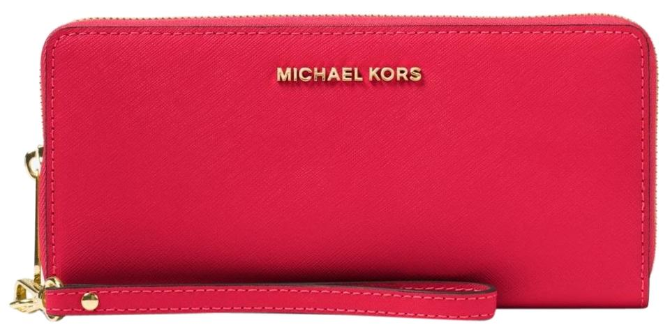 92ad4f99715c36 Michael Kors Michael Kors Jet Set Travel Saffiano Leather Continental Wallet  Image 0 ...