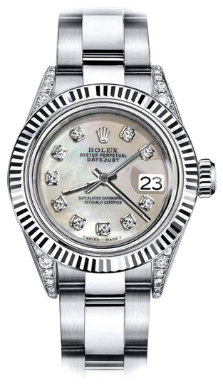 Preload https://img-static.tradesy.com/item/24133128/rolex-stainless-steel-ivory-pearl-26mm-datejust-18k-white-fluted-bezel-with-ss-watch-0-1-540-540.jpg