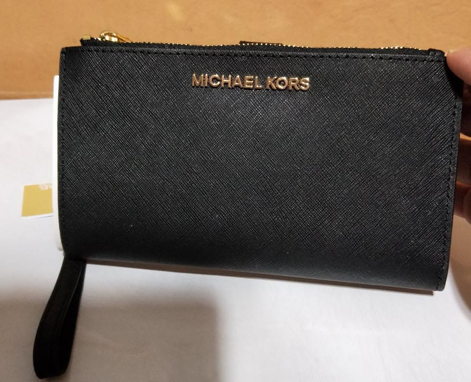 fb95e87f8b9c Michael Kors Michael Kors Jet set travel double zip leather phone Wristlet  Wallet Image 9. 12345678910