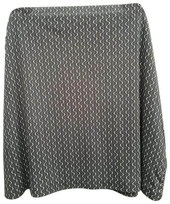 Preload https://img-static.tradesy.com/item/24133446/old-navy-green-540287-skirt-size-22-plus-2x-0-3-650-650.jpg