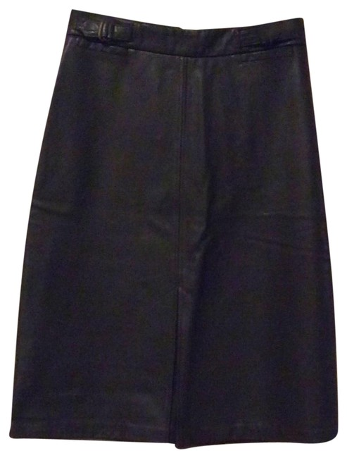 Preload https://img-static.tradesy.com/item/24133463/gap-brown-leather-a-line-skirt-size-2-xs-26-0-1-650-650.jpg