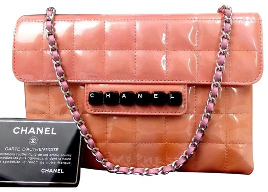 Preload https://img-static.tradesy.com/item/24133551/chanel-wallet-on-chain-classic-cc-quilted-flap-enamel-limited-special-edition-pink-patent-leather-sh-0-1-540-540.jpg