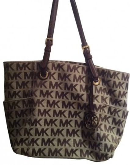 Preload https://img-static.tradesy.com/item/24134/michael-kors-handbag-block-monogram-signature-tot-brown-jacquard-fabric-tote-0-0-540-540.jpg