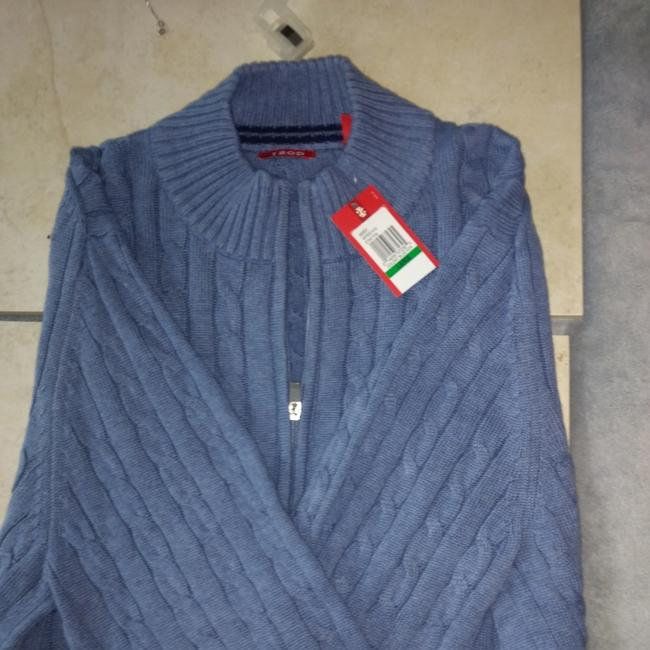 Preload https://img-static.tradesy.com/item/24134334/izod-zipper-collar-man-s-blue-sweater-0-0-650-650.jpg