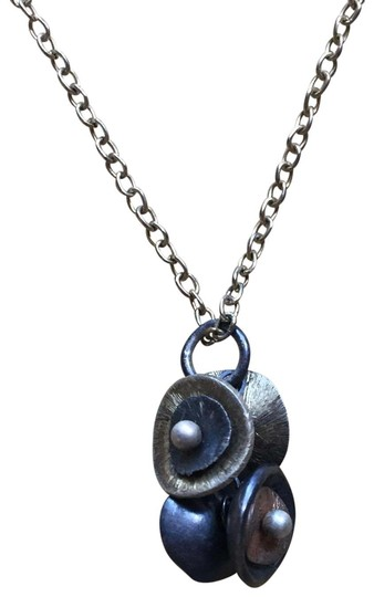 Preload https://img-static.tradesy.com/item/24134585/brass-copper-oxidized-silver-mixed-metal-pendant-necklace-0-1-540-540.jpg