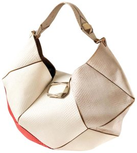 Roger Vivier Hobo Bags - Up to 90% off at Tradesy 5b2a264f5d196