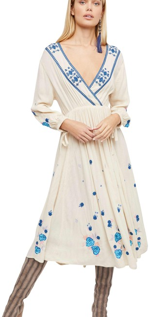 Preload https://img-static.tradesy.com/item/24135133/free-people-ivory-enchanted-forest-midi-long-casual-maxi-dress-size-2-xs-0-2-650-650.jpg
