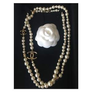 Chanel CHANEL Classic Gold CC Pearl Necklace