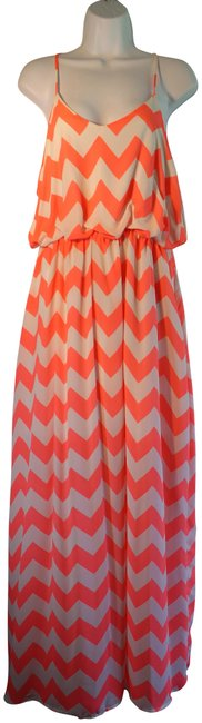 Item - Neon Pink and White Cheveron Cs211802p31 Long Casual Maxi Dress Size 14 (L)