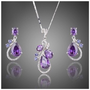 ME-Boutiques Private Label Collection Swarovski Crystals The Elita Purple Floating Necklace Set S2 - item med img