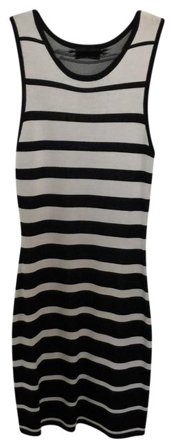 Preload https://img-static.tradesy.com/item/24136067/barneys-new-york-black-and-white-stripped-knit-bodycon-short-night-out-dress-size-8-m-0-1-650-650.jpg