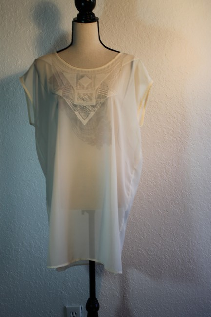 Rubbish Polyester Sleeveless Embroidered Top cream