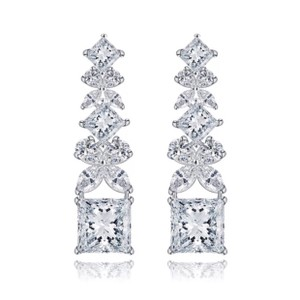 ME-Boutiques Private Label Collection Swarovski Crystals The Lumia Drop Earrings S3