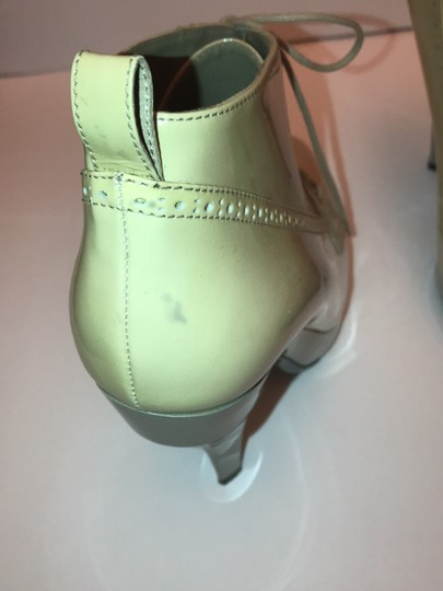 Burberry taupe, grey Boots