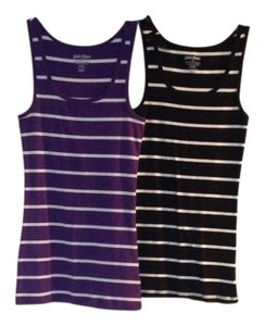 Old Navy Top Purple And Black