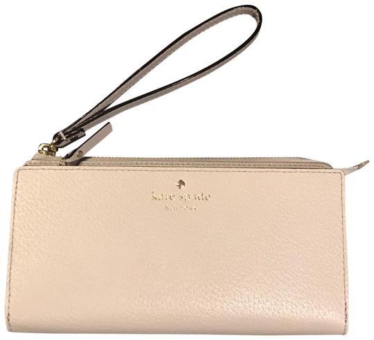 Preload https://img-static.tradesy.com/item/24136609/kate-spade-stone-ice-grand-street-layton-wristlet-wallet-0-2-540-540.jpg