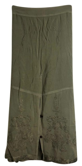 Preload https://img-static.tradesy.com/item/24136792/soft-surroundings-green-rayon-embroidered-pxl-skirt-size-petite-14-l-0-1-650-650.jpg