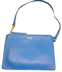 Céline Wristlet in blue and green
