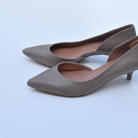 Vince Camuto taupe Pumps Image 10