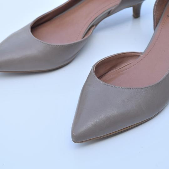 Vince Camuto taupe Pumps Image 7