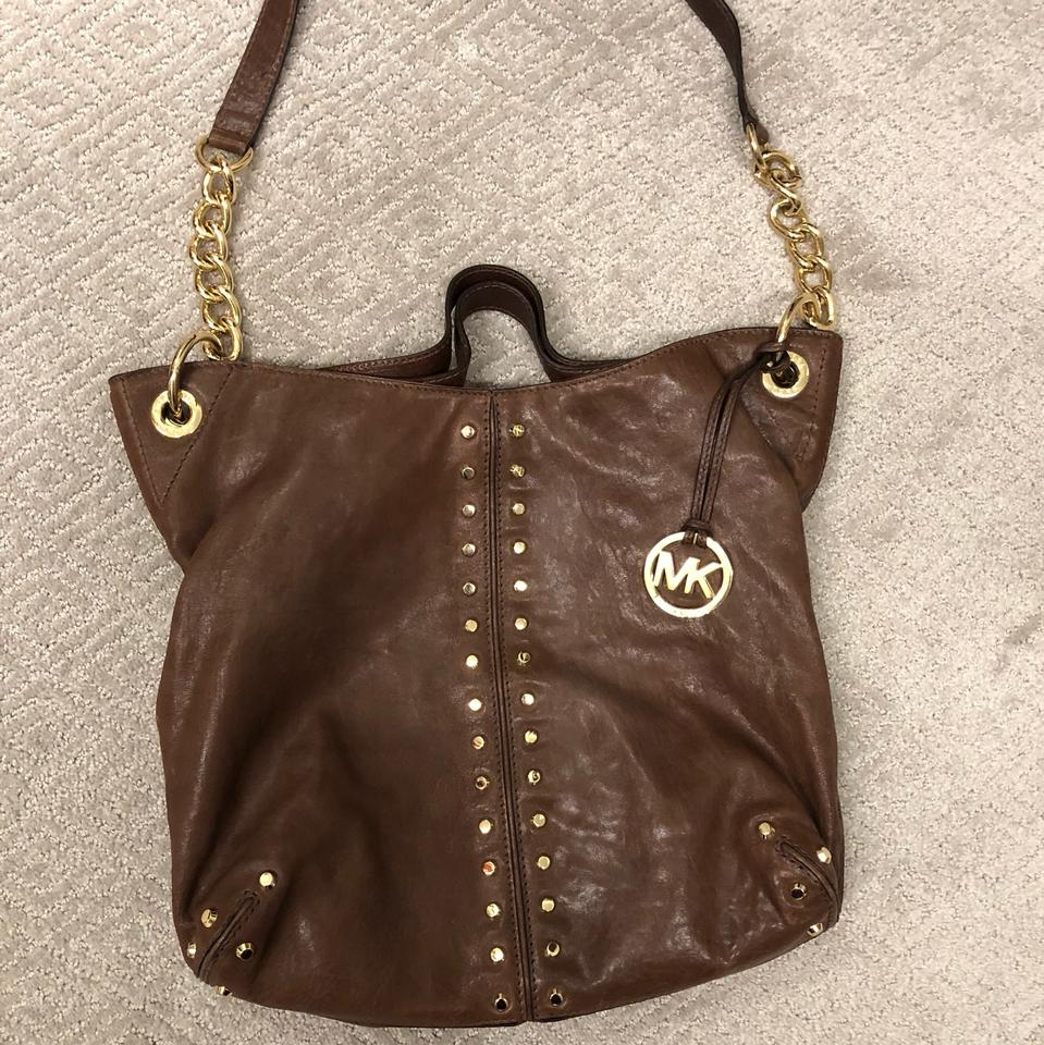 d511996f3ee9 Michael Kors Shoulder Astor Brown Ripple Grained Leather with Circular Gold  Studs. Hobo Bag