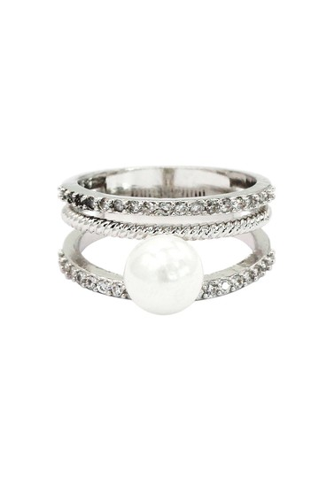 Ocean Fashion Fashion loop small crystal and peal silver ring Image 1
