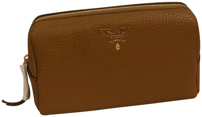 Item - Grained Tan Color Sand Leather Clutch