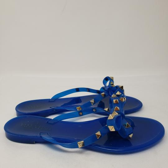 284dcd4ac199 Valentino Rockstud Gold Hardware Jelly Bow Studded Blue Sandals Image 4