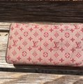 Louis Vuitton Louis Vuitton wallet painted in Spain by hand. Image 2