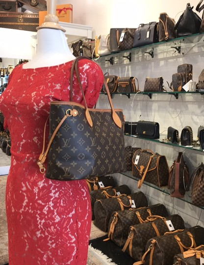 Louis Vuitton Neverfull Classic Leather Monogram Tote in Brown Image 9