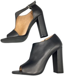 Modern Vintage Open Toe Peep Toe Cutouts Leather Heels Black Pumps