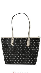 Coach Tote in Black/Chalk