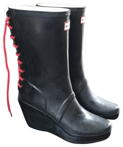 b7d7e25bcf89 Hunter Black Rubber Red Lace Up Rain Wedge Boots Booties Size EU 38 ...