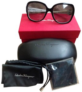 Salvatore Ferragamo Salvatore Ferragamo Black&White Sunglasses w/Case, Box, Dust Bag