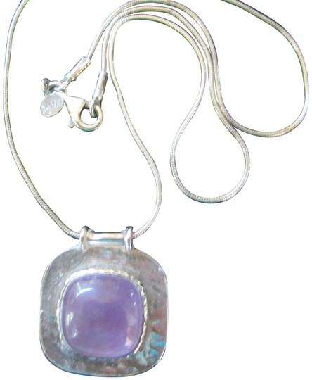 Preload https://img-static.tradesy.com/item/24141905/silver-sterling-boho-with-lilac-stone-vintage-necklace-0-1-540-540.jpg
