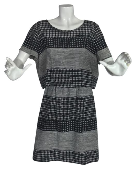 Preload https://img-static.tradesy.com/item/24141926/madewell-black-and-white-style-c9825-short-casual-dress-size-4-s-0-1-650-650.jpg