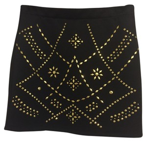 Forever 21 Mini Skirt Black and gold