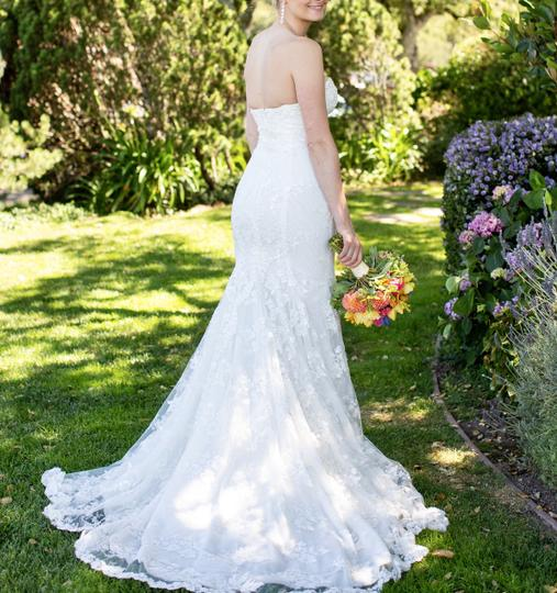 Galia Lahav White Embroidered Lace Guerlain From Le Secret Royale Collection By Formal Wedding Dress Size 8 (M) Image 3