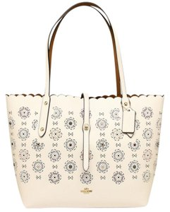 Coach Tote in Ice