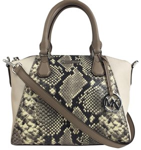 Michael Kors Satchel in gray croco