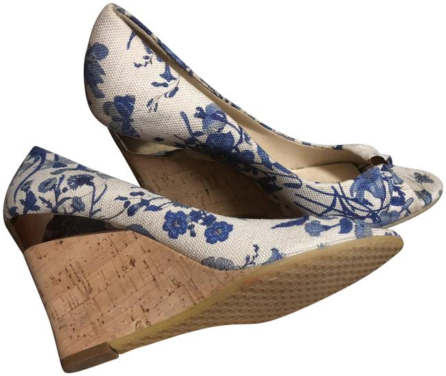 Item - White and Blue Wedges Size US 7.5 Regular (M, B)