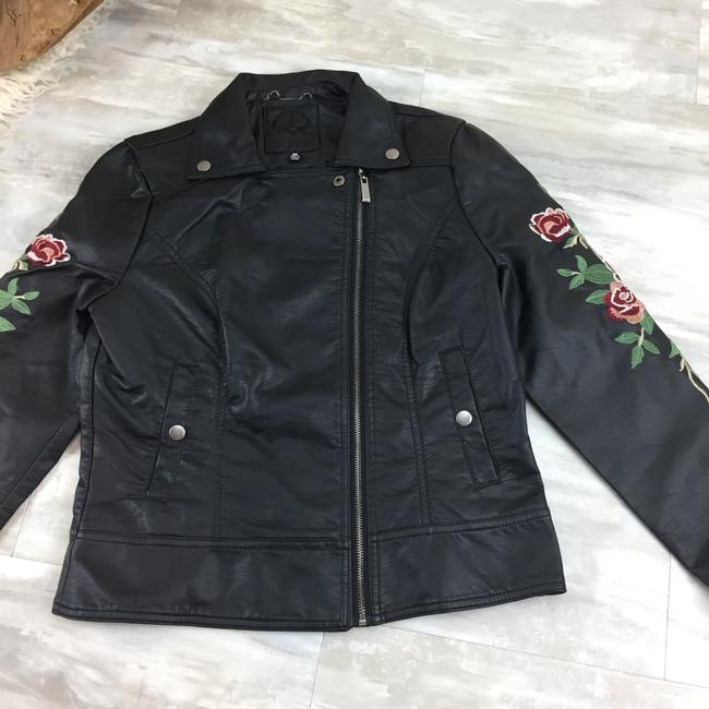 Odyn Motorcyclejacket Embroidered Fauxleather Motojacket black with colorful florals Leather Jacket Image 5