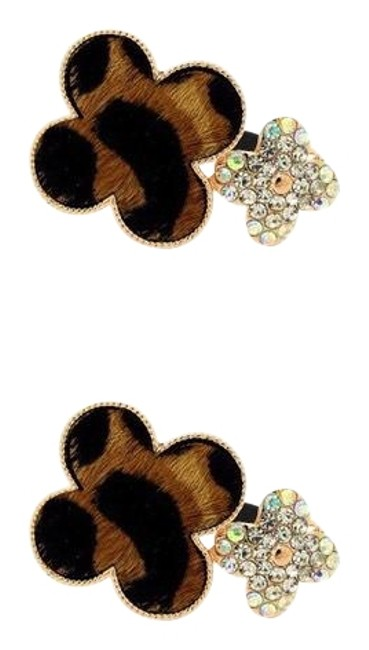 Item - Brown and Black Leopard Pins Hair Accessory