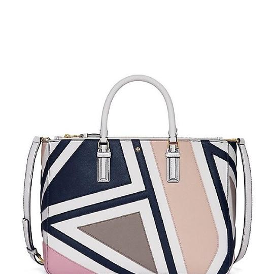Preload https://img-static.tradesy.com/item/24142871/tory-burch-robinson-large-fret-patchwork-double-zip-multicolor-saffiano-leather-tote-0-0-540-540.jpg