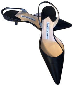 Manolo Blahnik Slingback Heels Navy blue Pumps