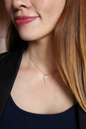 Ocean Fashion Silver Sparkling little crystal key necklace Image 1
